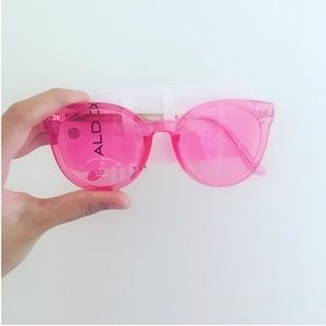 1 Left! 🌸Festival Neon Pink Flamingo Shades